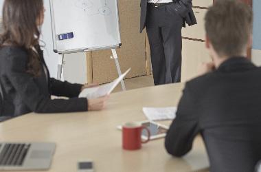 熟練講師による徹底的な指導